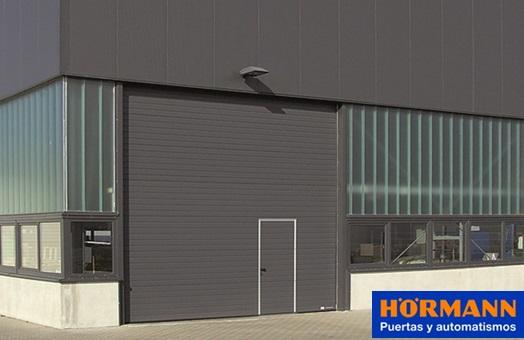 H rmann nuevas puertas industriales de 67 mm de grosor - Puertas para naves industriales ...